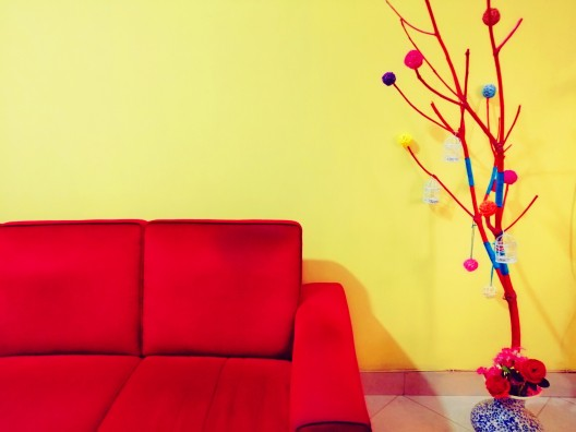 Home styling inspiration-yellow wall