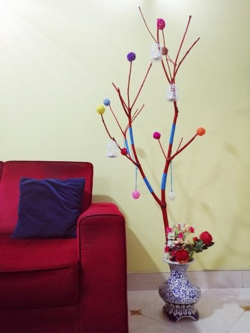 Fun DIY tree branch decoration